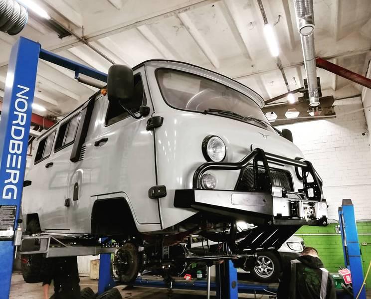 Защита кузова – изготовление и установка силовых бамперов, защитных дуг, багажников и т.д